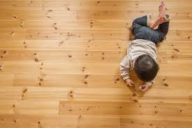 お子様にも優しい無垢の床