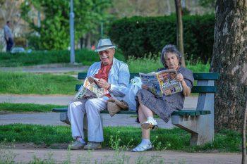 老夫婦の絵