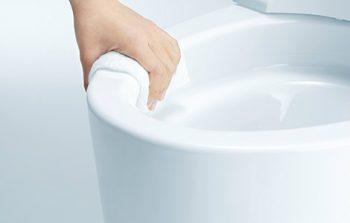 トイレのフチを徹底比較!リクシルのフチレスvsTOTOのフチなし形状