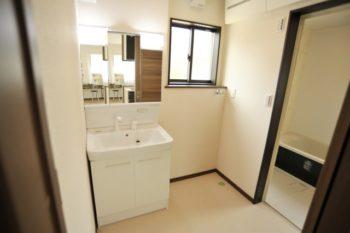 洗面室 (2)