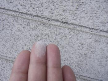 呉市 外壁 劣化 チョーキング