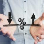 固定金利と変動金利、どっちを選ぶ? 2種類の金利のメリット・デメリットを把握して選びましょう!